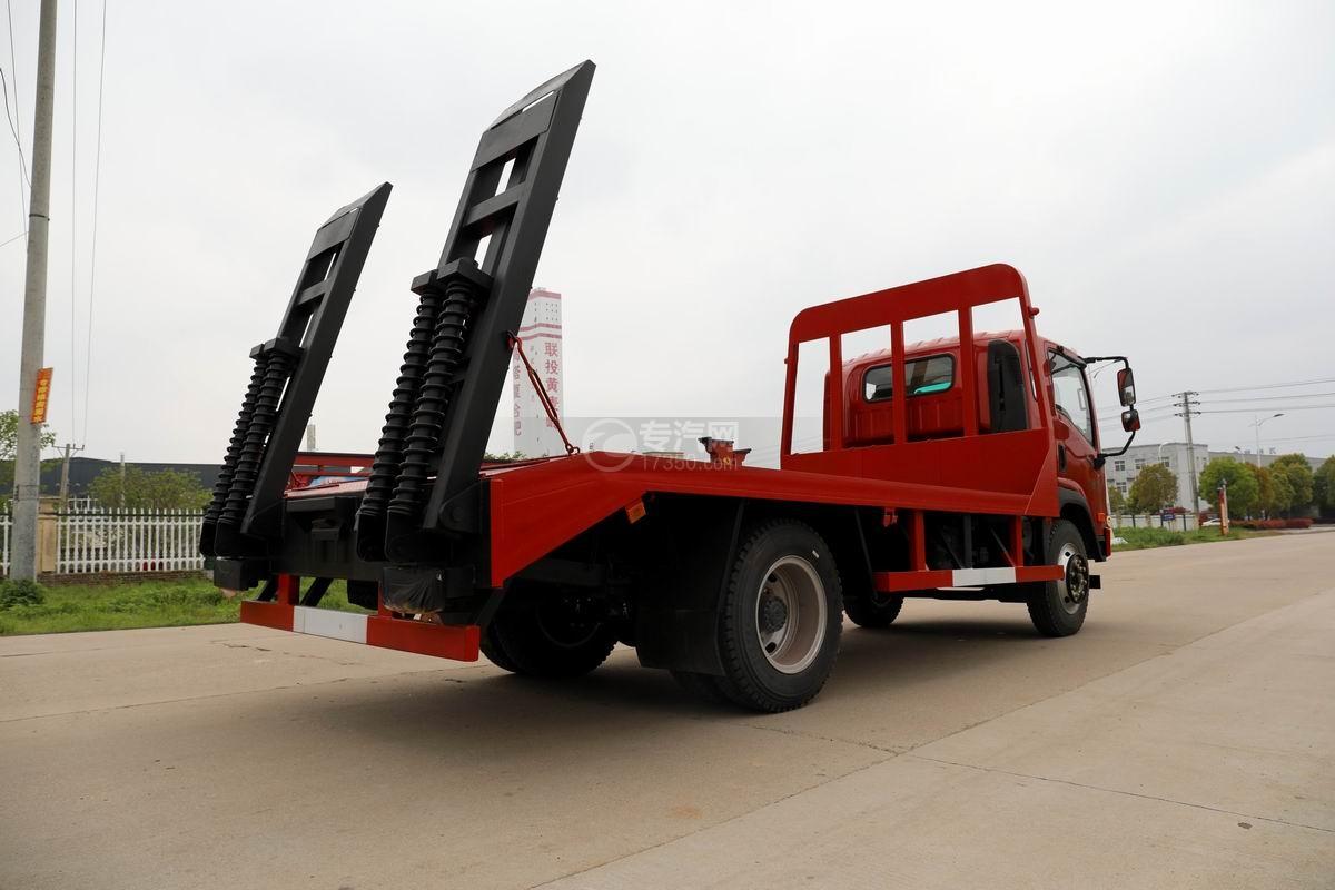 大運奧普力3.9米排半平板運輸車側后方圖