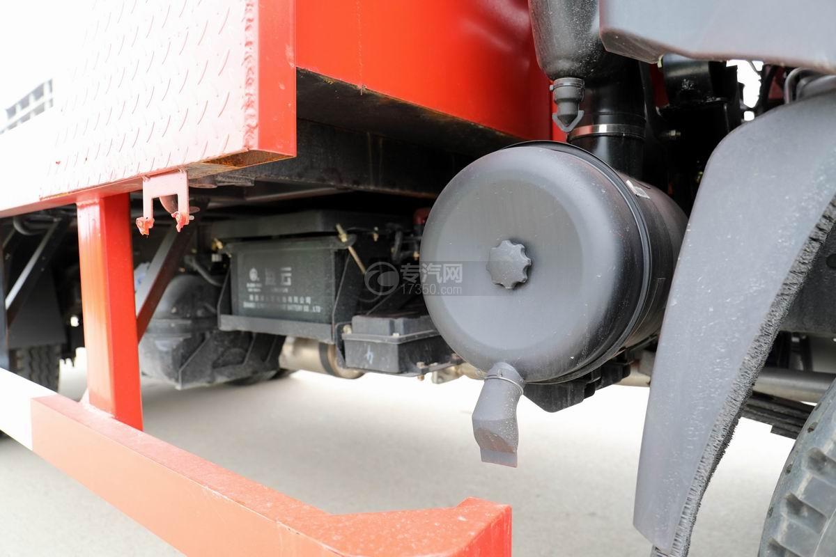 大運奧普力3.9米排半平板運輸車空濾