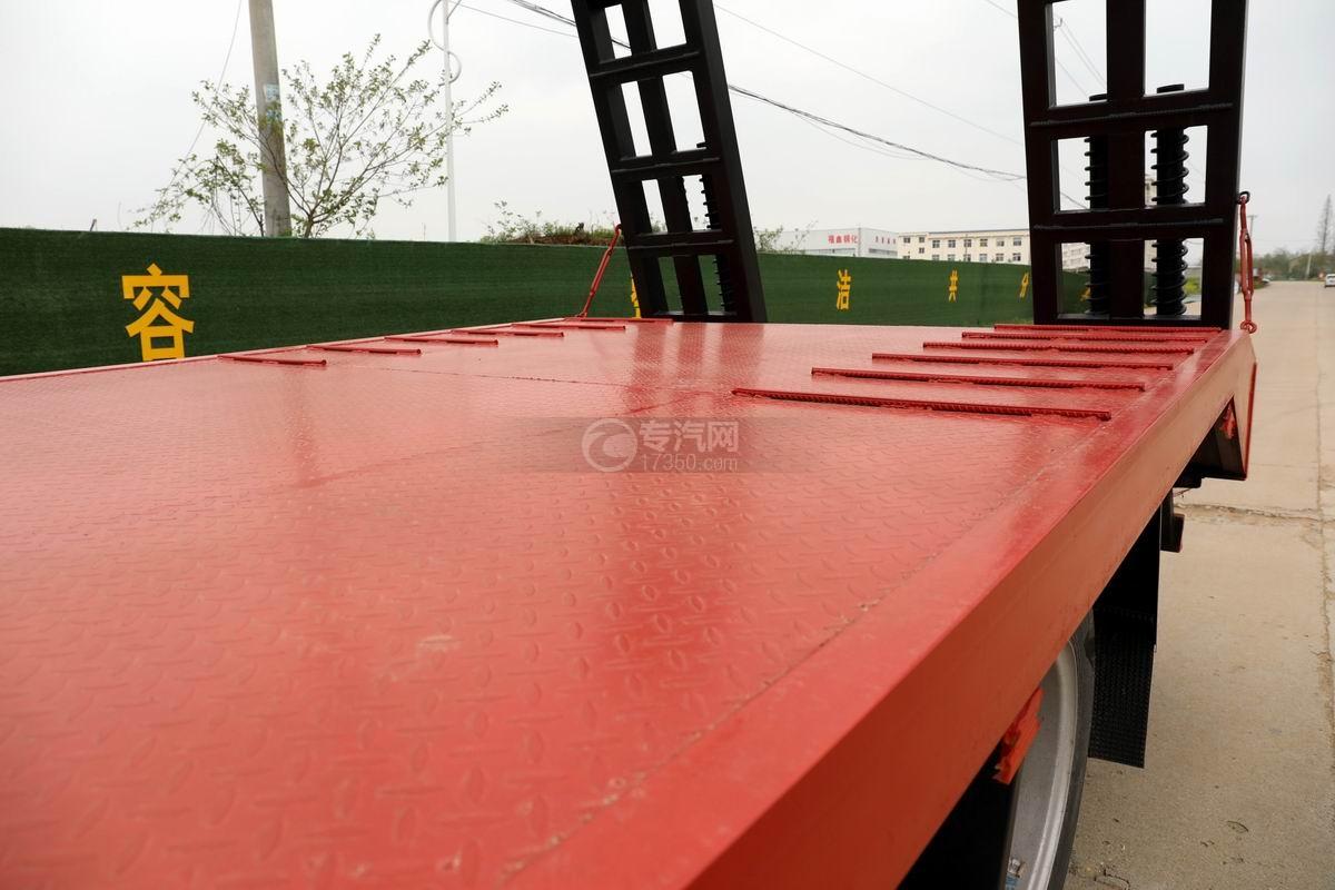 大運奧普力3.9米排半平板運輸車板面細節