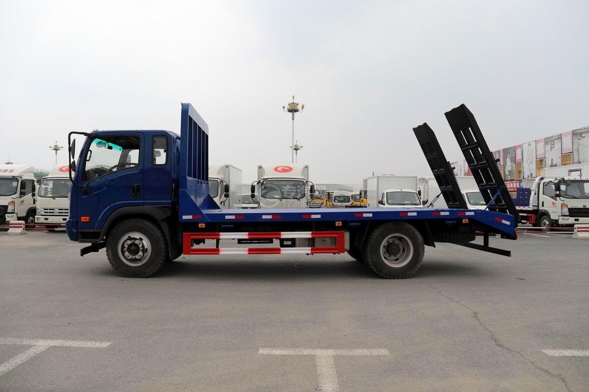 大運奧普力4.4米排半平板運輸車側面圖