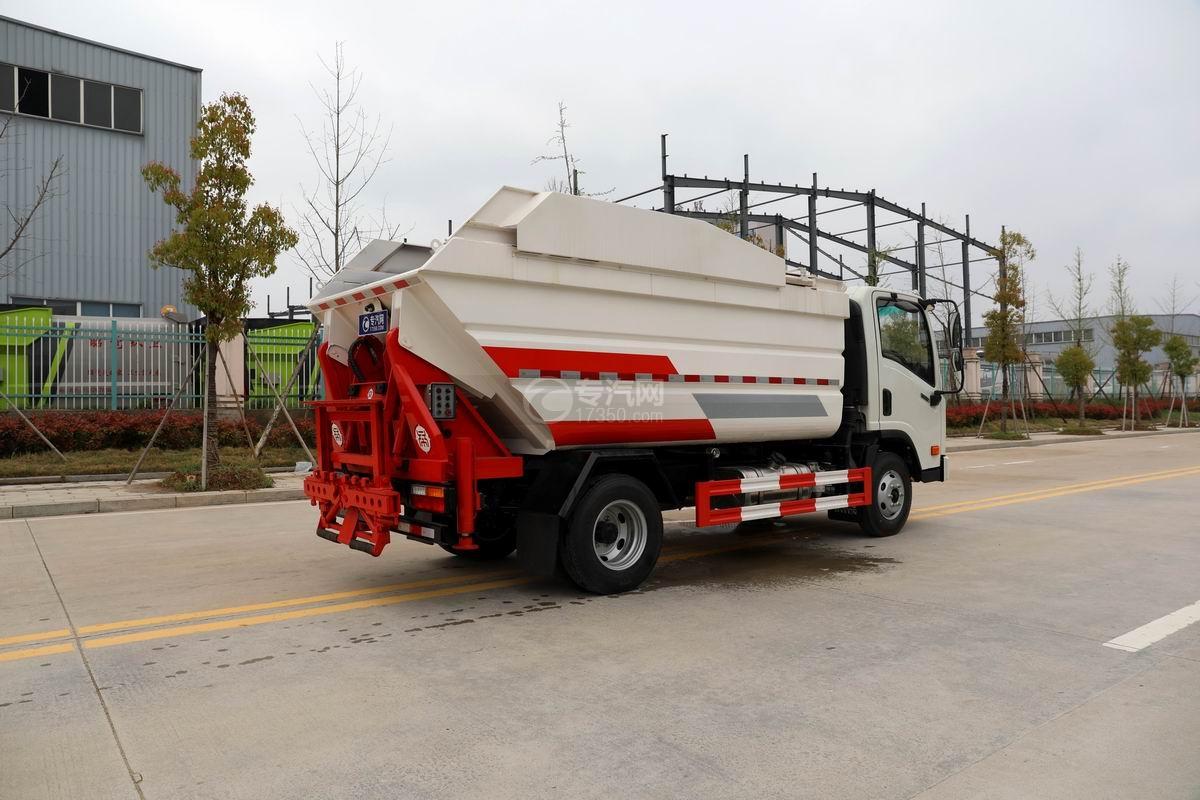 大运新奥普力国六自装卸式垃圾车侧后方图