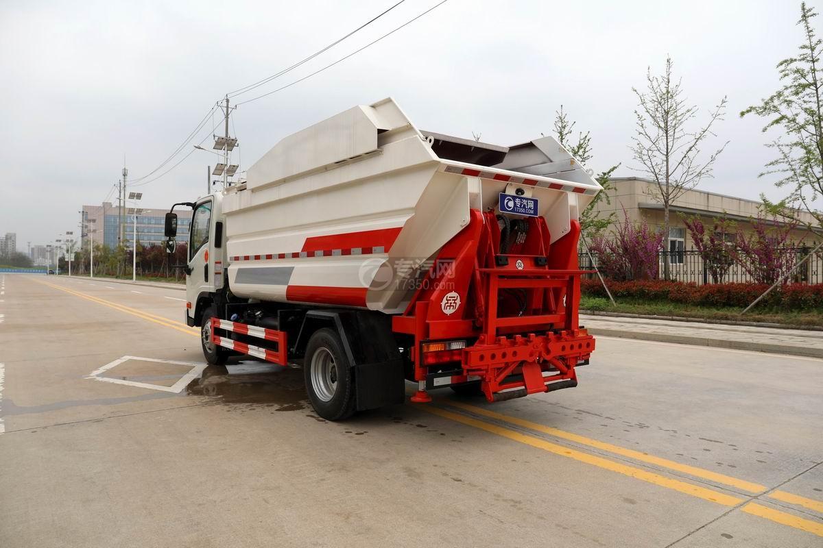 大運新奧普力國六自裝卸式垃圾車側后方圖