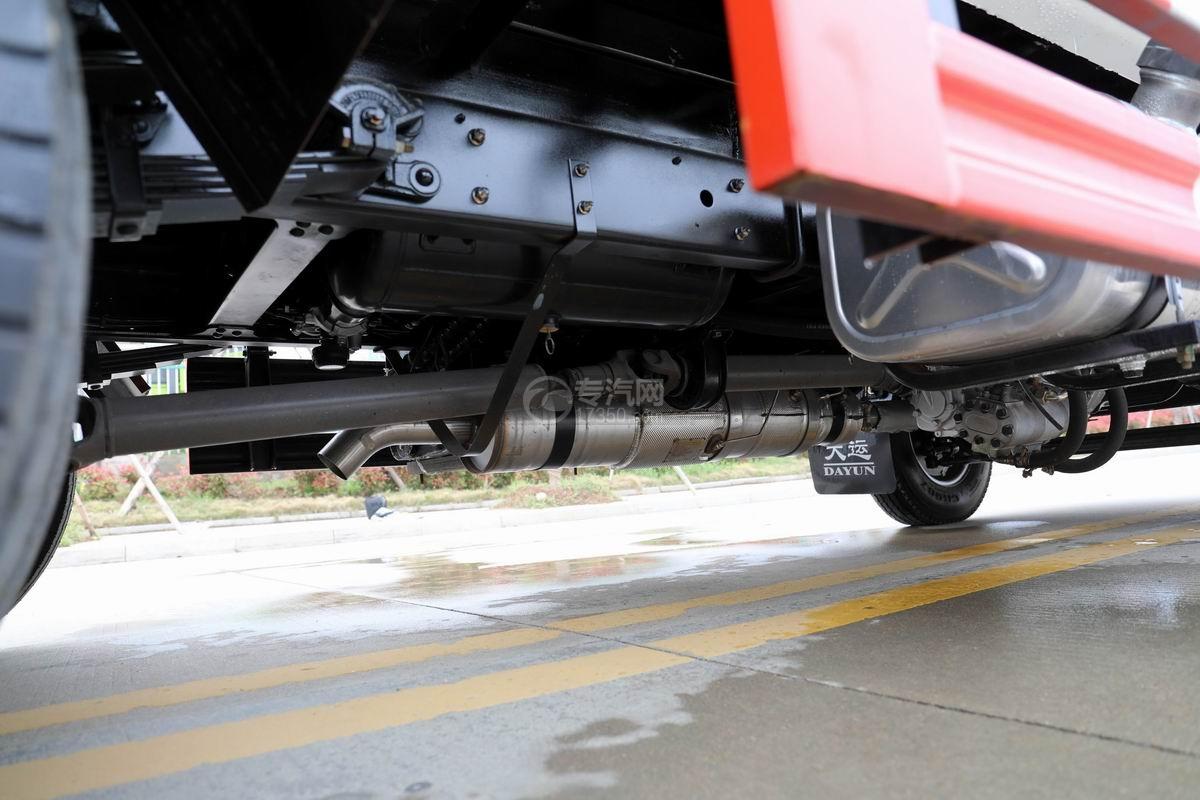 大运新奥普力国六自装卸式垃圾车排气管