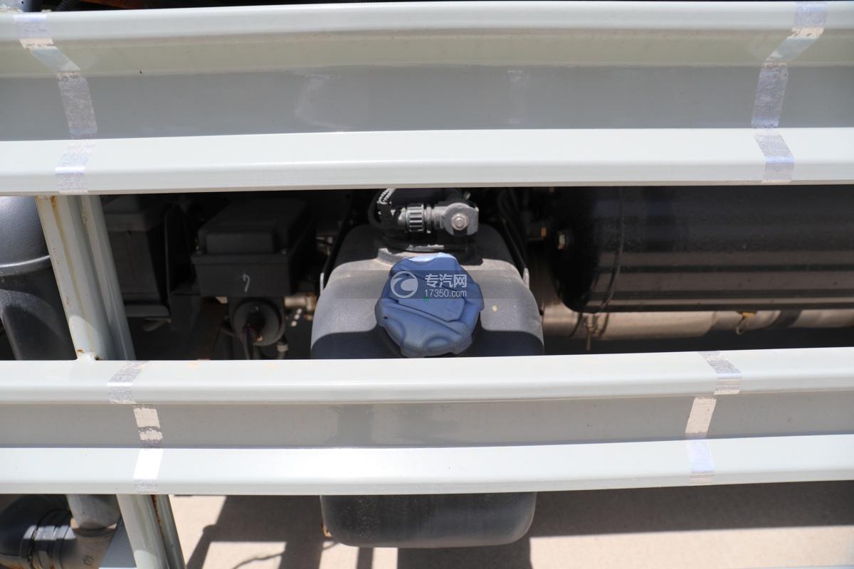 大运新奥普力国六30米抑尘车尿素罐