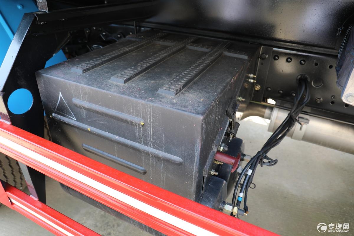 东风福瑞卡F7国六洒水车电池