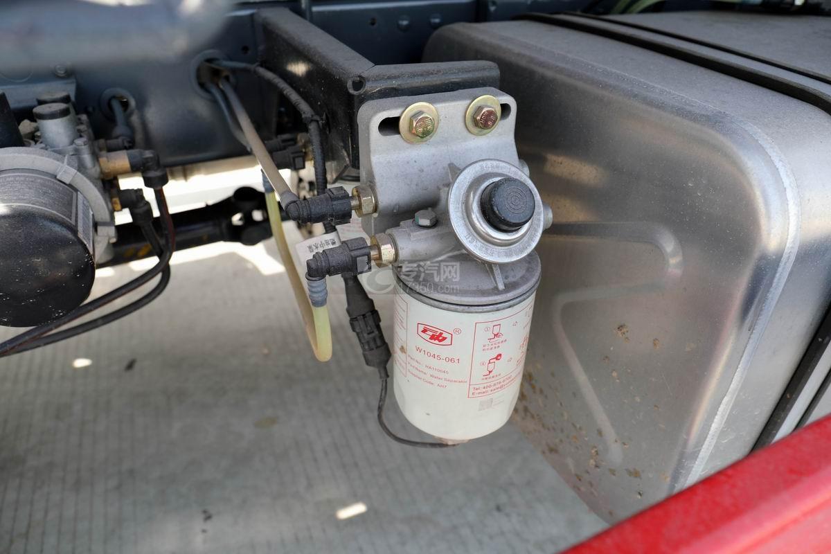 大运新奥普力单排国六车厢可卸式垃圾车手油泵