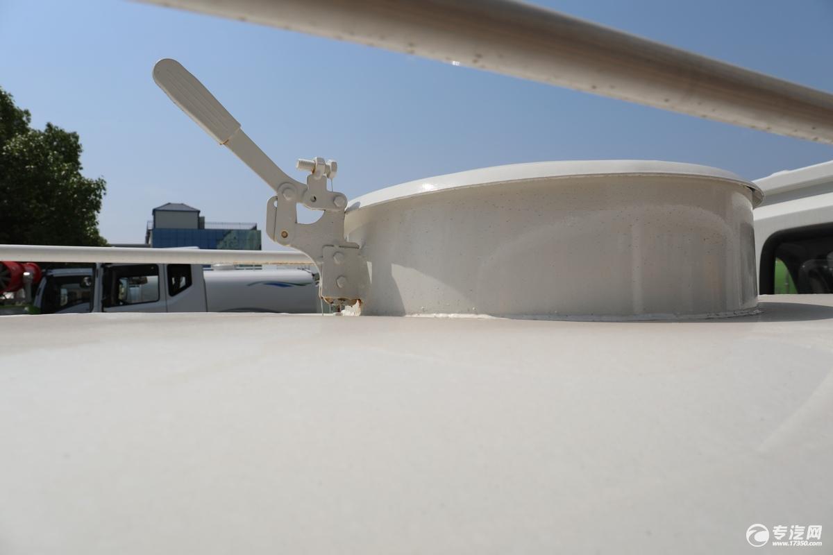 北汽昌河福瑞达K21国六1.54绿化喷洒车罐口