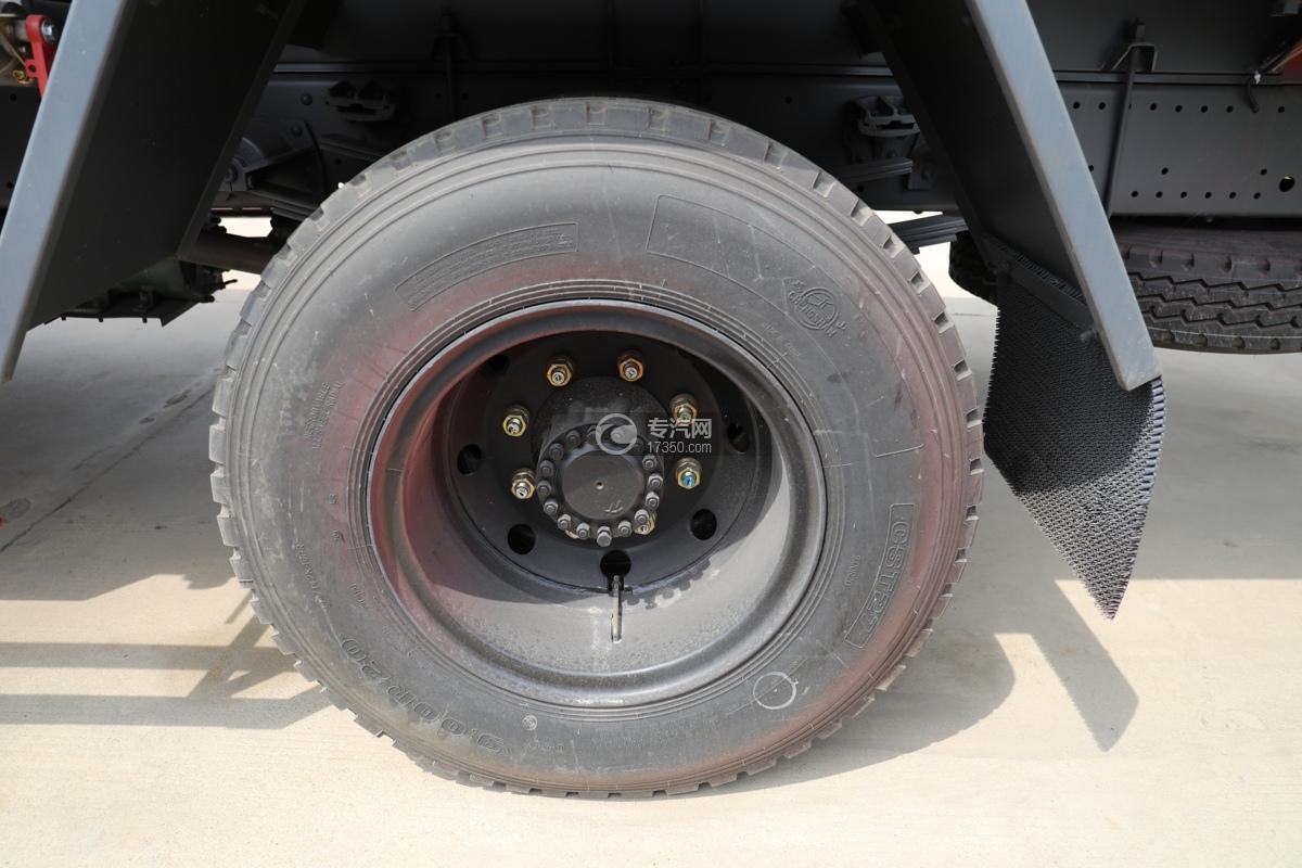 东风145国五10.5方洒水车轮胎