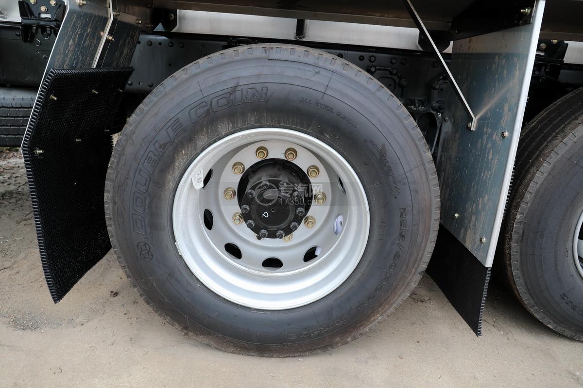 解放悍V2.0高顶前四后六25.9方铝合金运油车轮胎