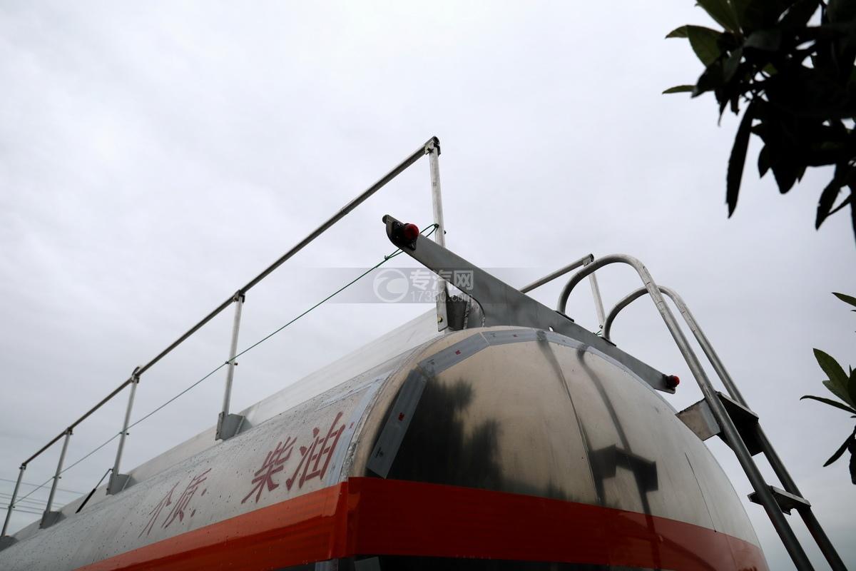 解放悍V2.0高顶前四后六25.9方铝合金运油车高位警示灯