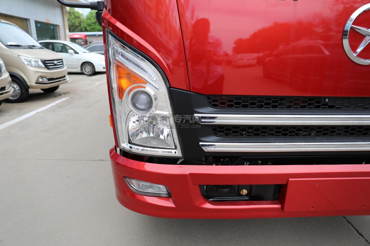 大运新奥普力国五4.05米冷藏车右大灯