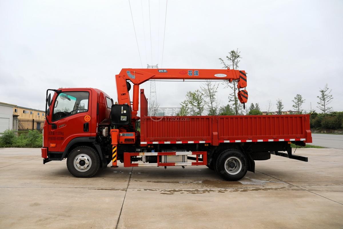 大运新奥普力国六5吨直臂随车吊左侧图