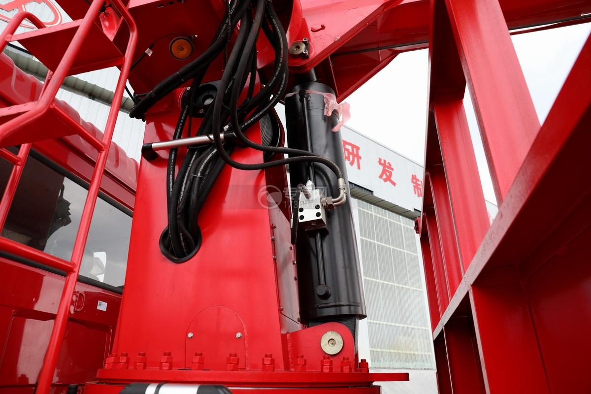 東風華神F5后雙橋12噸直臂隨車吊油缸