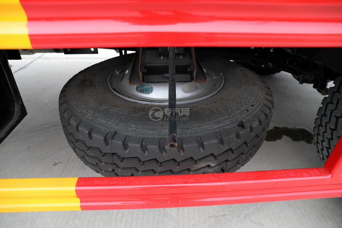 大運奧普力國六4400軸距一拖二清障車備胎