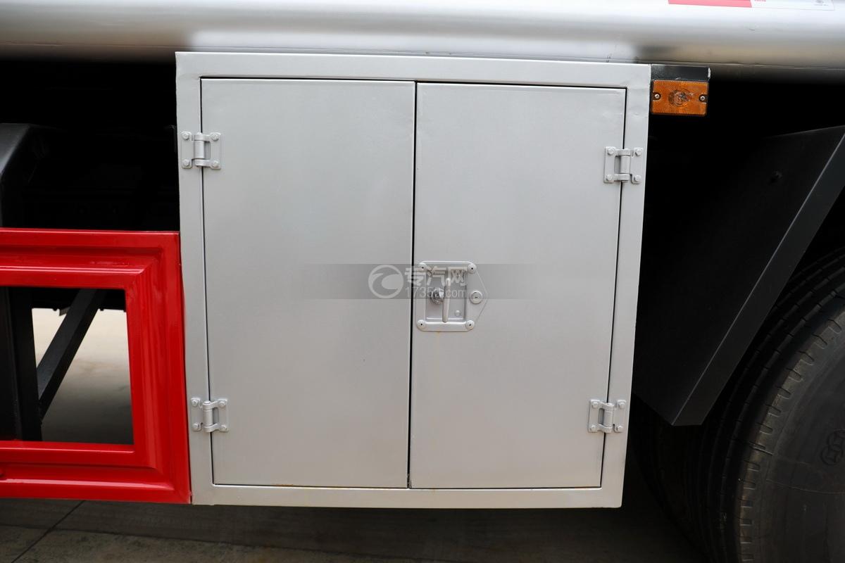 解放龍V小三軸國五21.7方運油車卸料箱