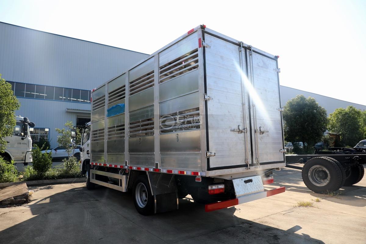 东风多利卡D7国六畜禽运输车左后图