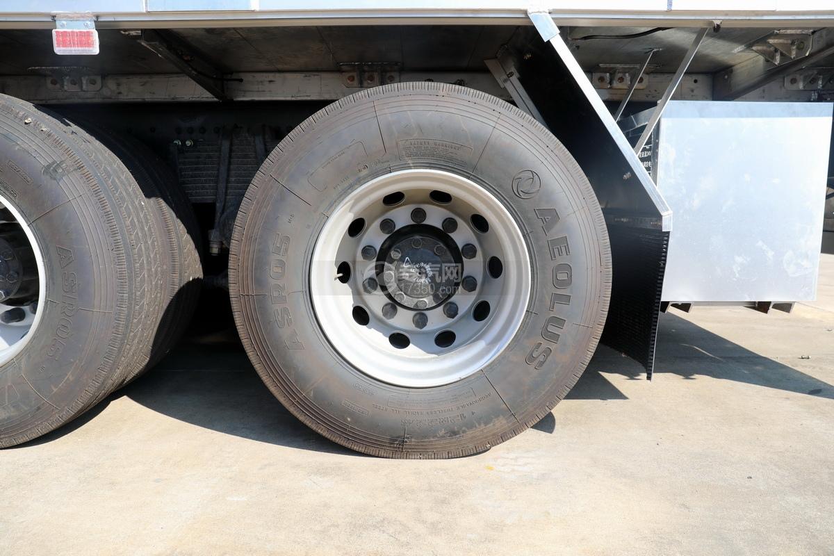 东风天龙KL前四后八国六畜禽运输车轮胎
