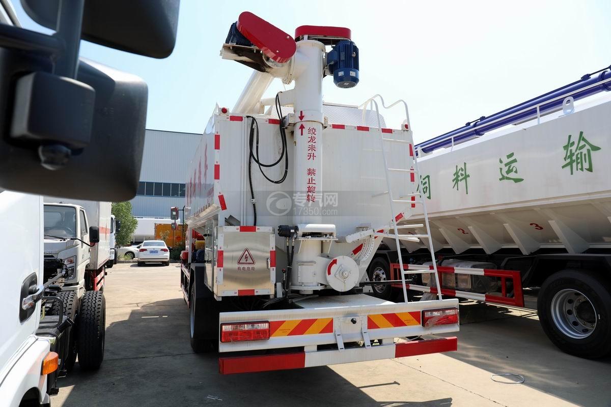 奥驰V3国六散装饲料运输车侧后方图