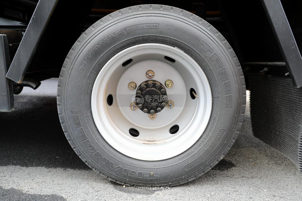 东风凯普特K7国六清洗吸污车(黄色)轮胎