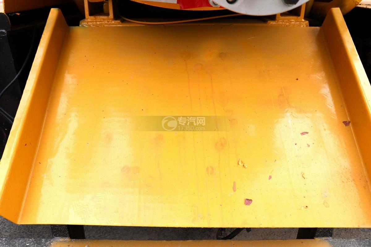 东风凯普特K7国六清洗吸污车(黄色)挡污板