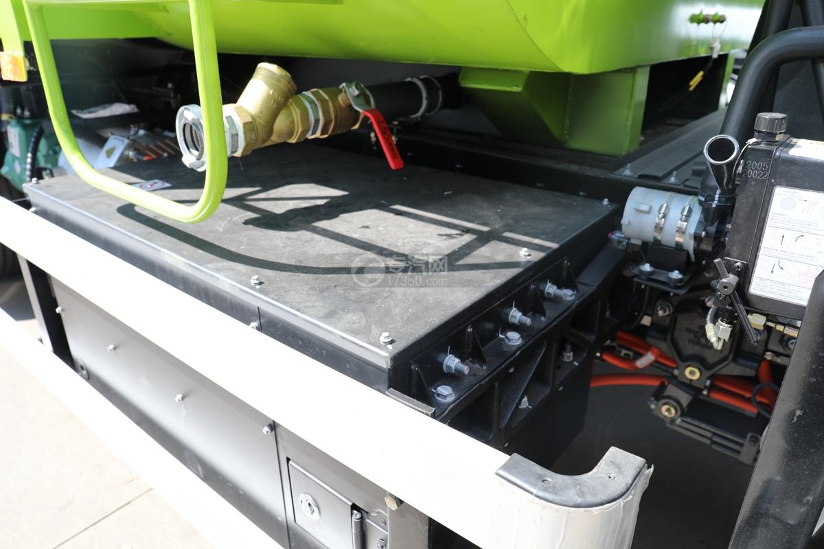 比亚迪T8纯电动路面清洗车电瓶