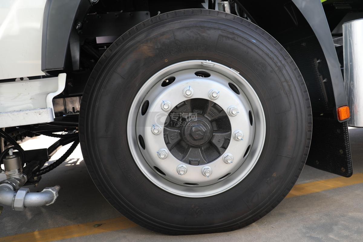 比亞迪T8純電動8.46方路面清洗車輪胎