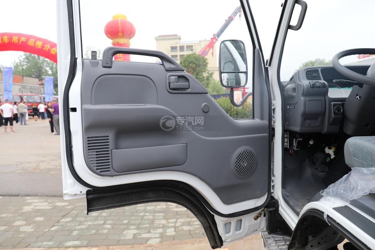 五十鈴ELF雙排國六3.15米冷藏車電動門窗