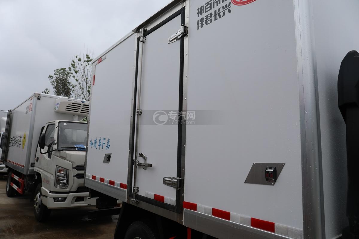 五十鈴ELF雙排國六3.15米冷藏車側門