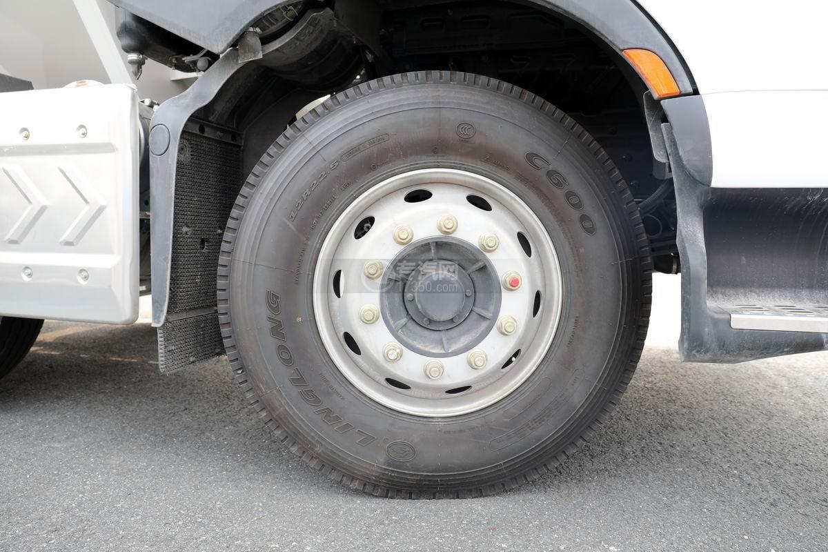 東風柳汽乘龍前四后八國六散裝飼料運輸車輪胎