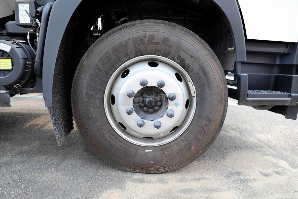 福田歐馬可國六散裝飼料運輸車輪胎