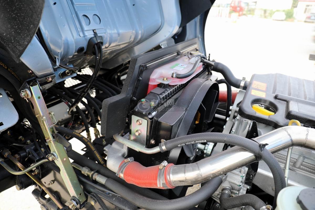 東風福瑞卡F6國六自卸式垃圾車散熱扇