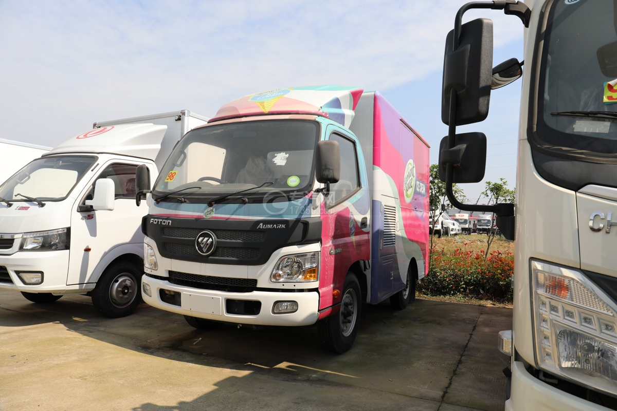 福田欧马可E3513售货车左前图
