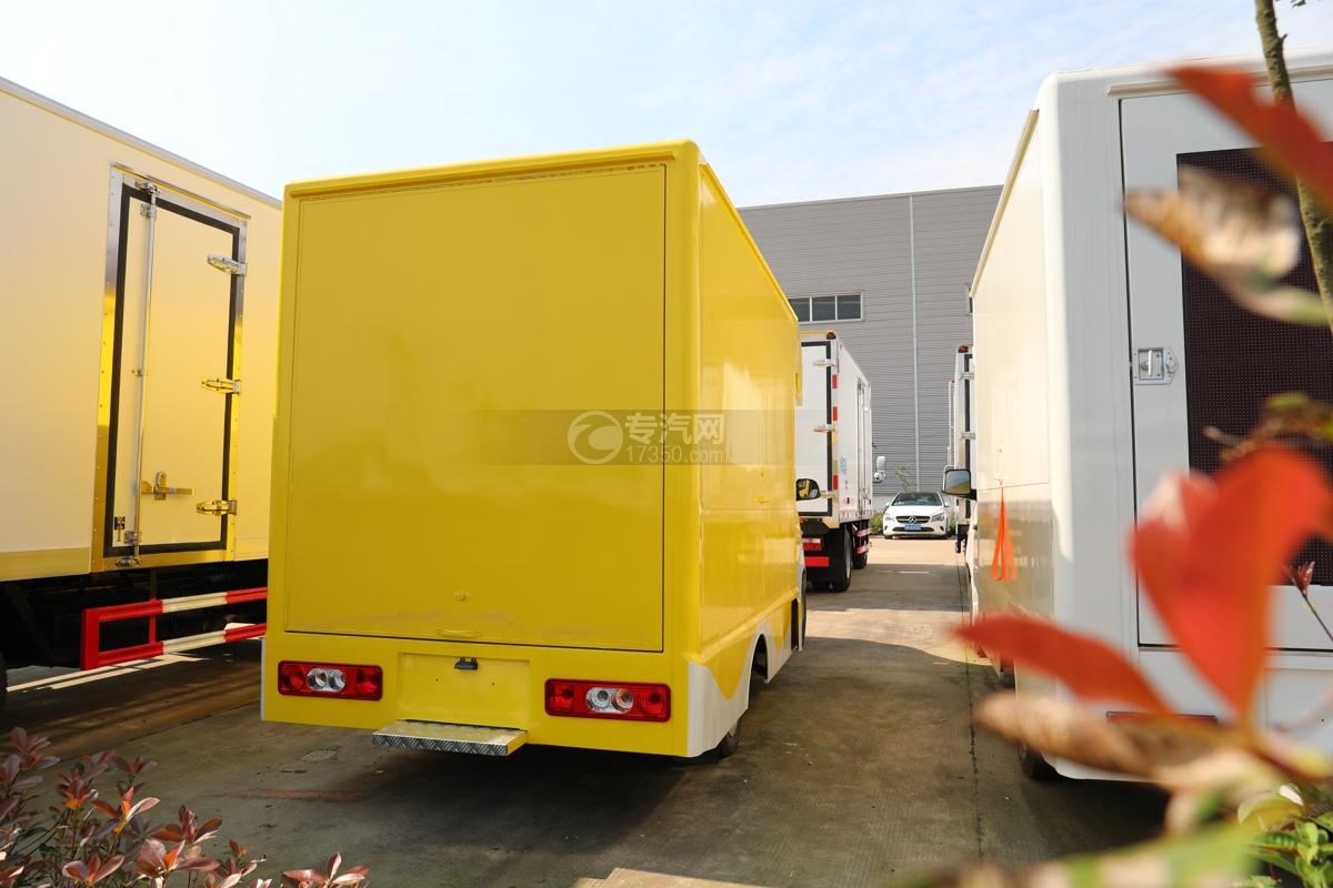 开瑞国六移动售货车右后图