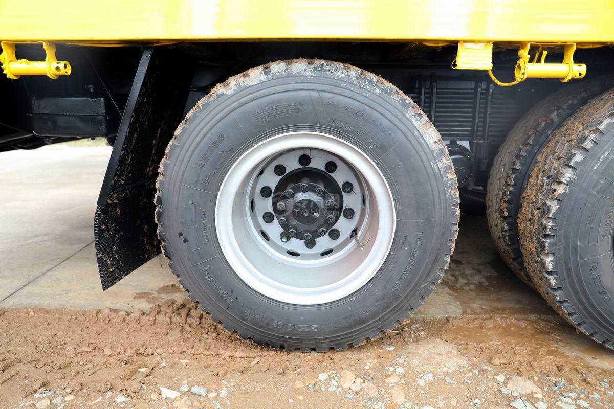 江淮格爾發K5X前四后八平板運輸車輪胎