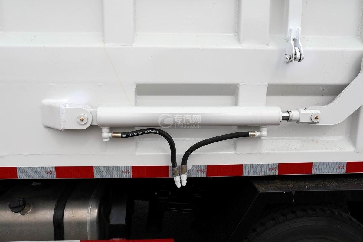 奧馳X2廂式垃圾車液壓油缸