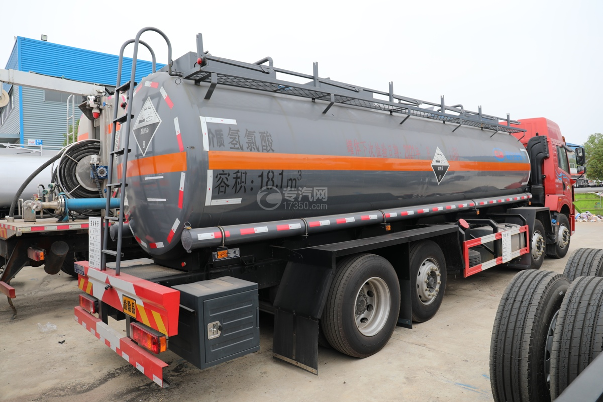 解放新悍V2.0前四后六国五18.1方腐蚀性物品罐式运输车右后图