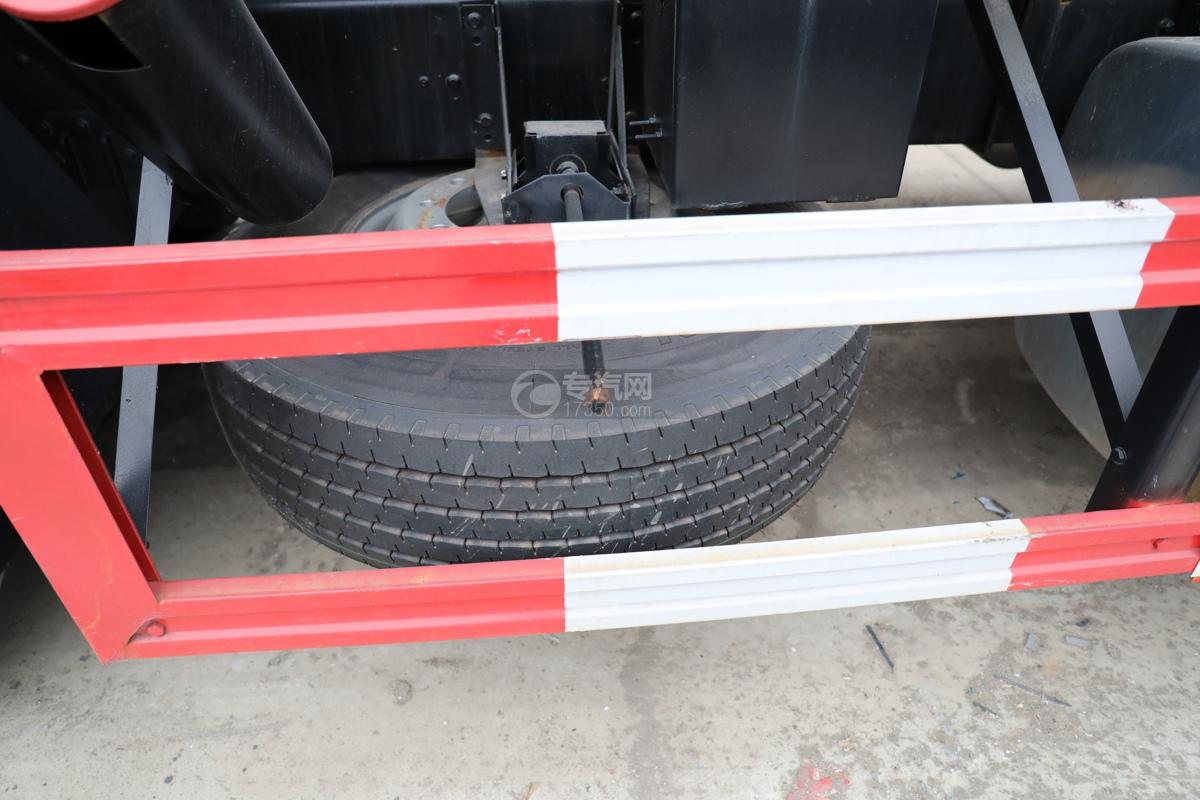 解放新悍V2.0前四后六国五18.1方腐蚀性物品罐式运输车备胎