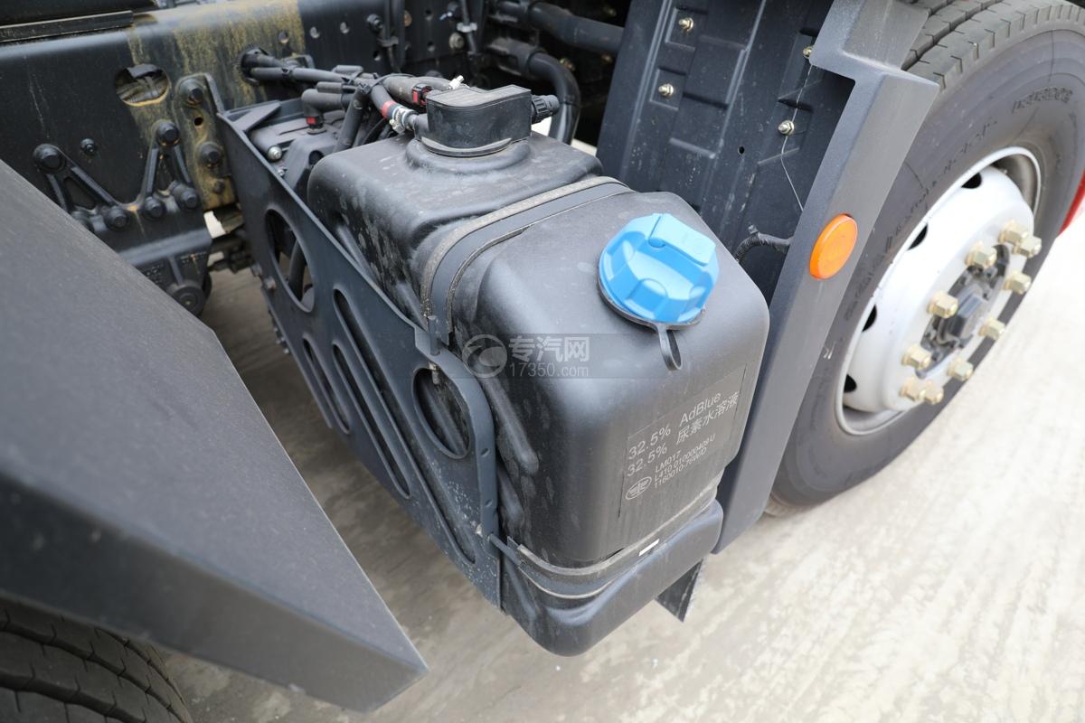 解放新悍V2.0前四后六国五18.1方腐蚀性物品罐式运输车尿素罐