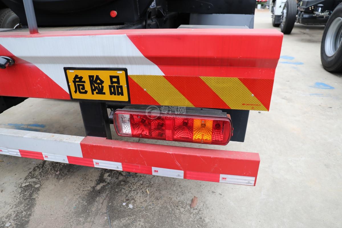 解放新悍V2.0前四后六国五18.1方腐蚀性物品罐式运输车危险品牌