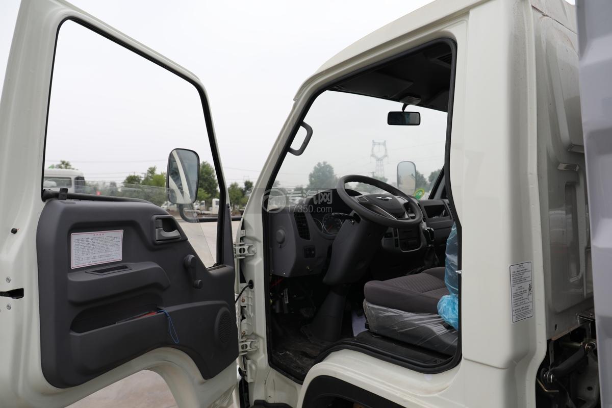 福田时代小卡之星2国六30米多功能抑尘车左门窗