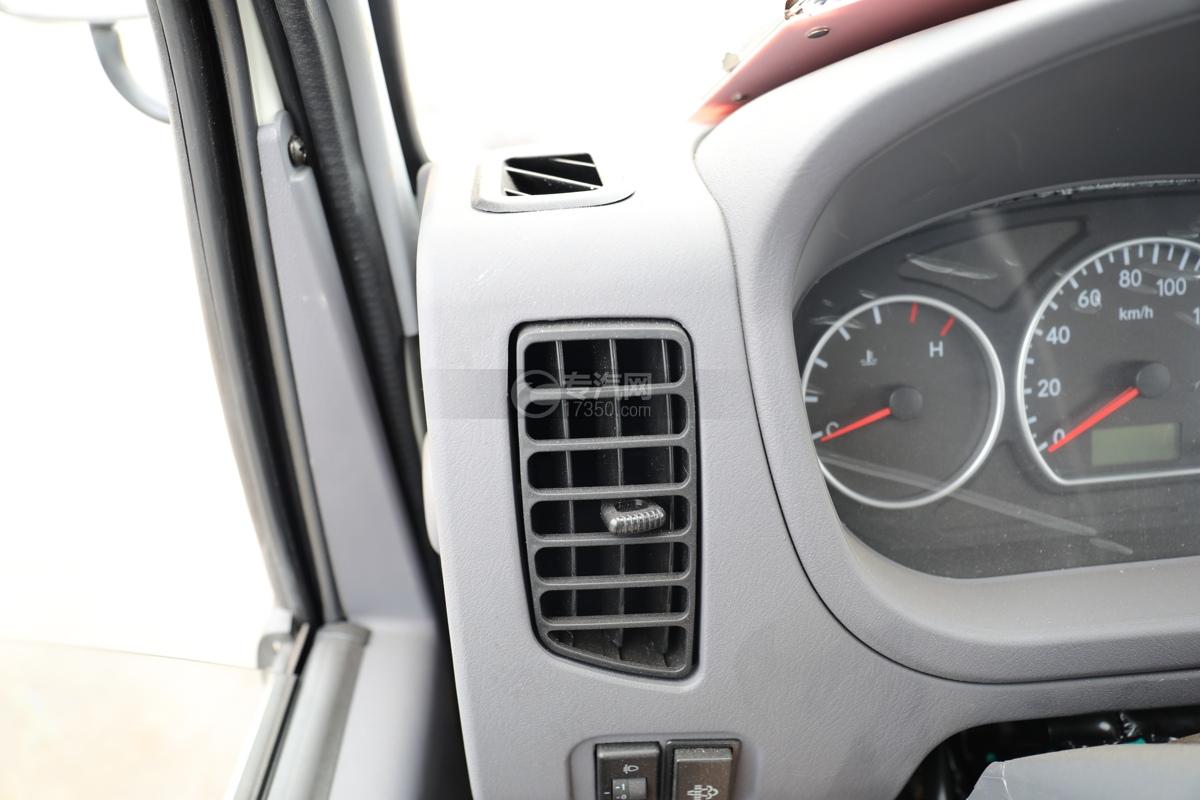 福田时代小卡之星2国六30米多功能抑尘车空调