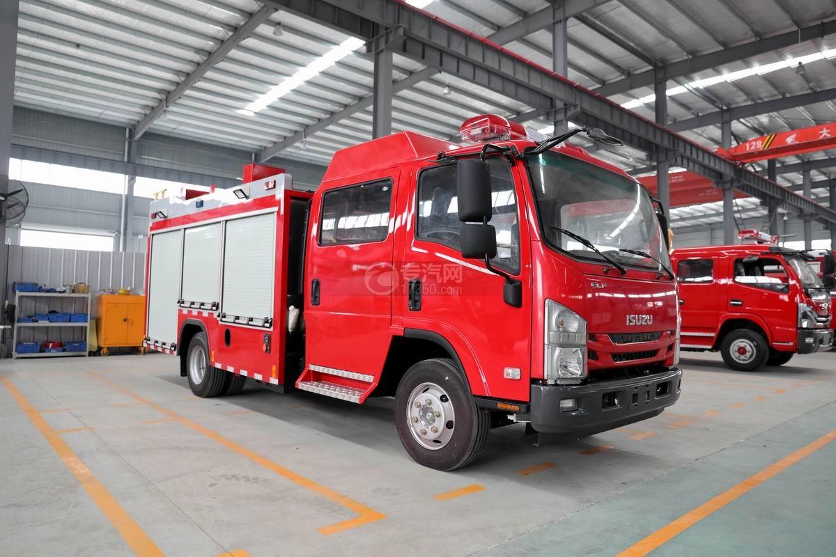 慶鈴五十鈴ELF雙排3.5噸泡沫消防車