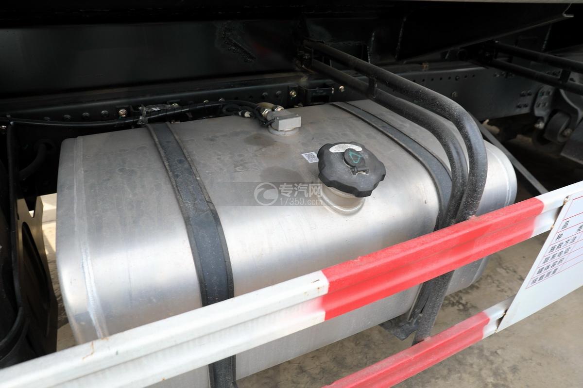 東風錦程V6P后雙橋國六18.2方運油車油箱