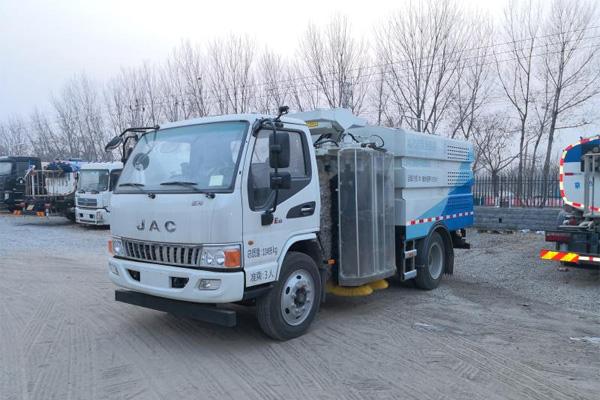 标准| GB/T 25981 《道路隔离装置清洗车》征求意见