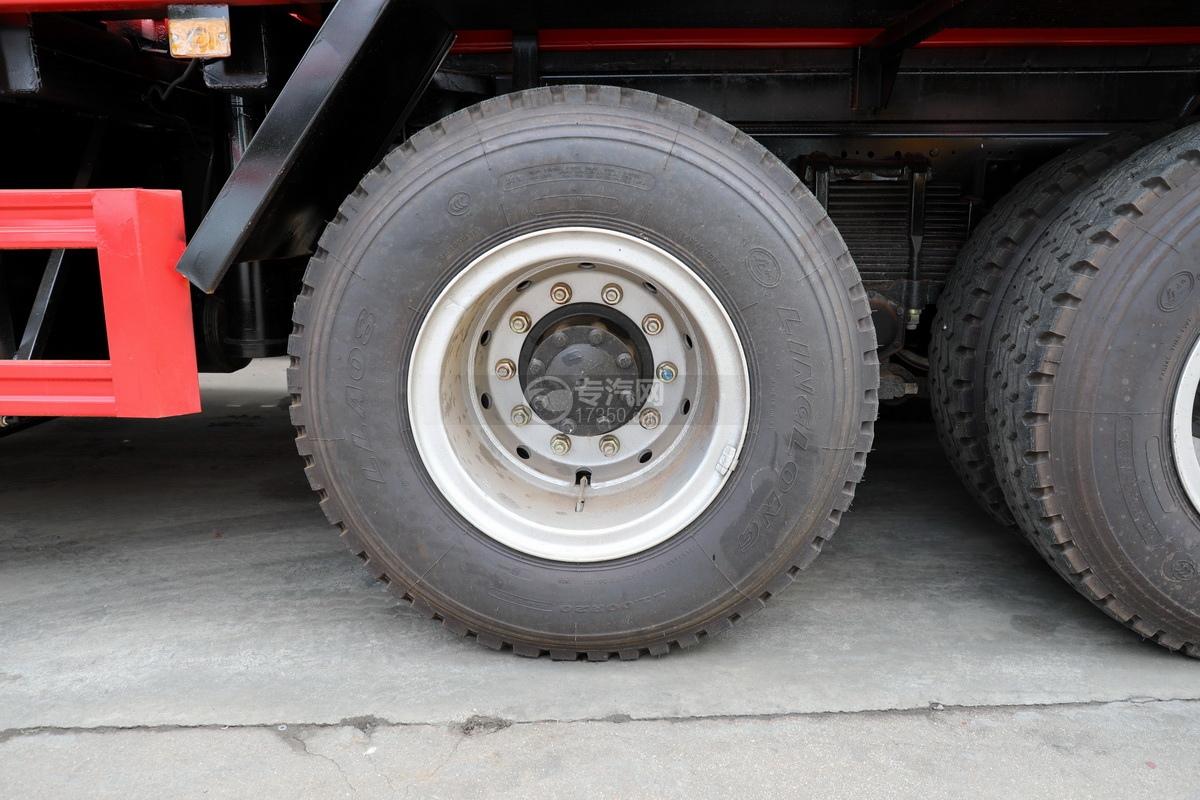 东风华神T5后双桥国六17.96方清洗吸污车轮胎