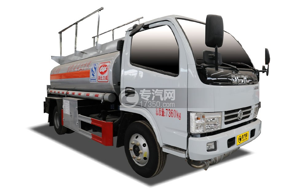 东风小多利卡国五4.4方运油车