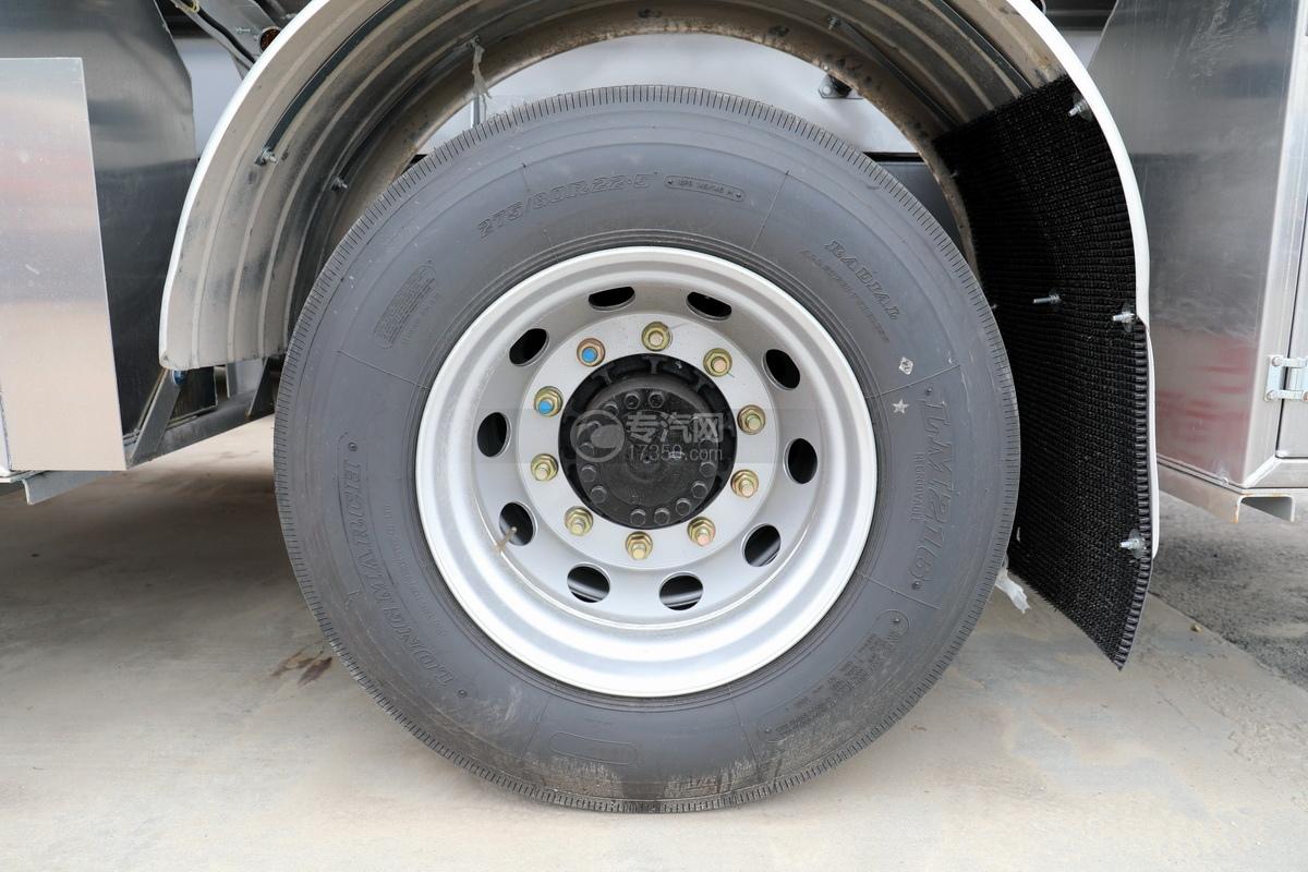 东风天锦VR单桥国六13.9方铝合金运油车轮胎