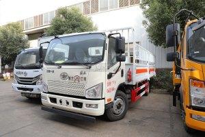 解放J6F國六5.15米氣瓶運輸車(倉欄式)圖片
