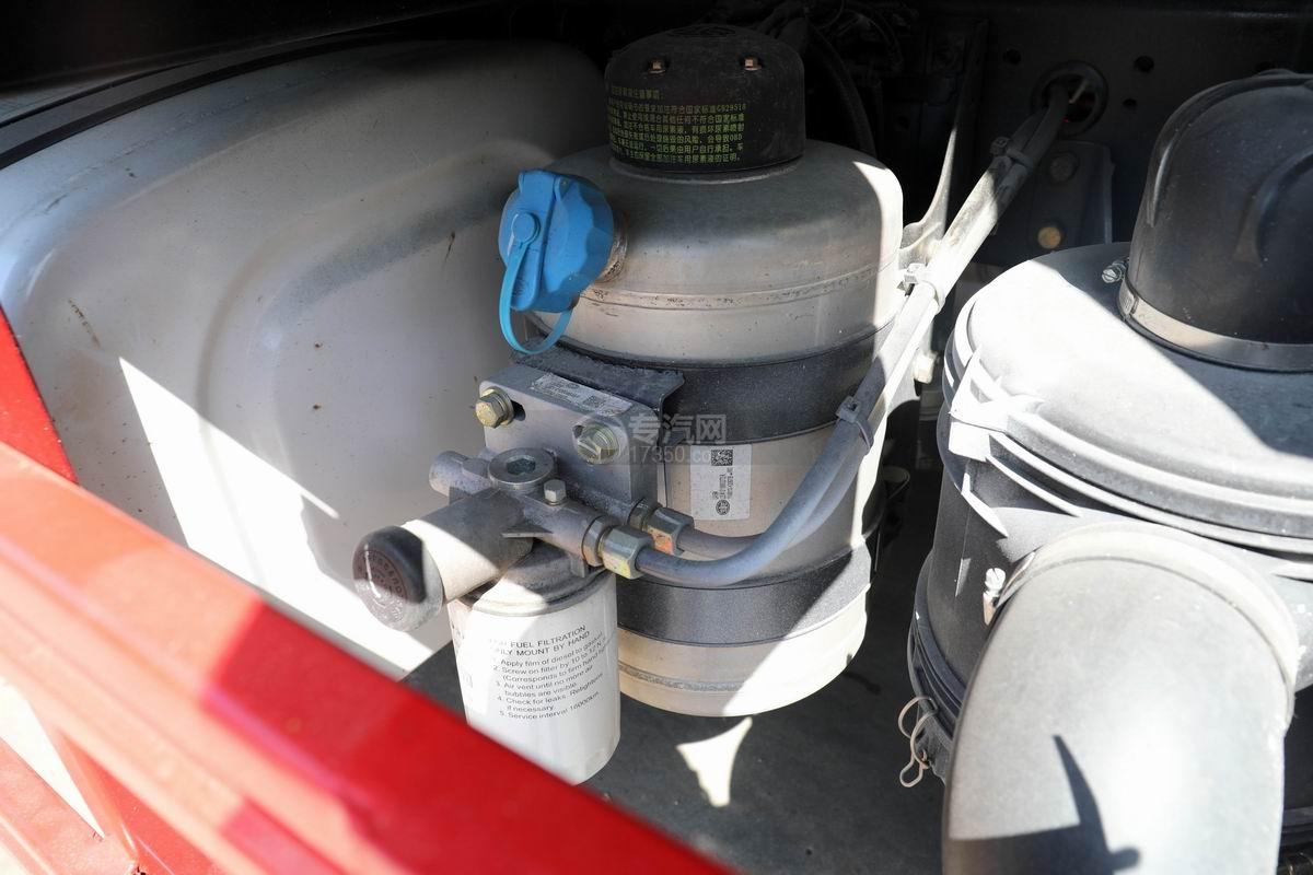 解放J6L国六吸尘车滤清器