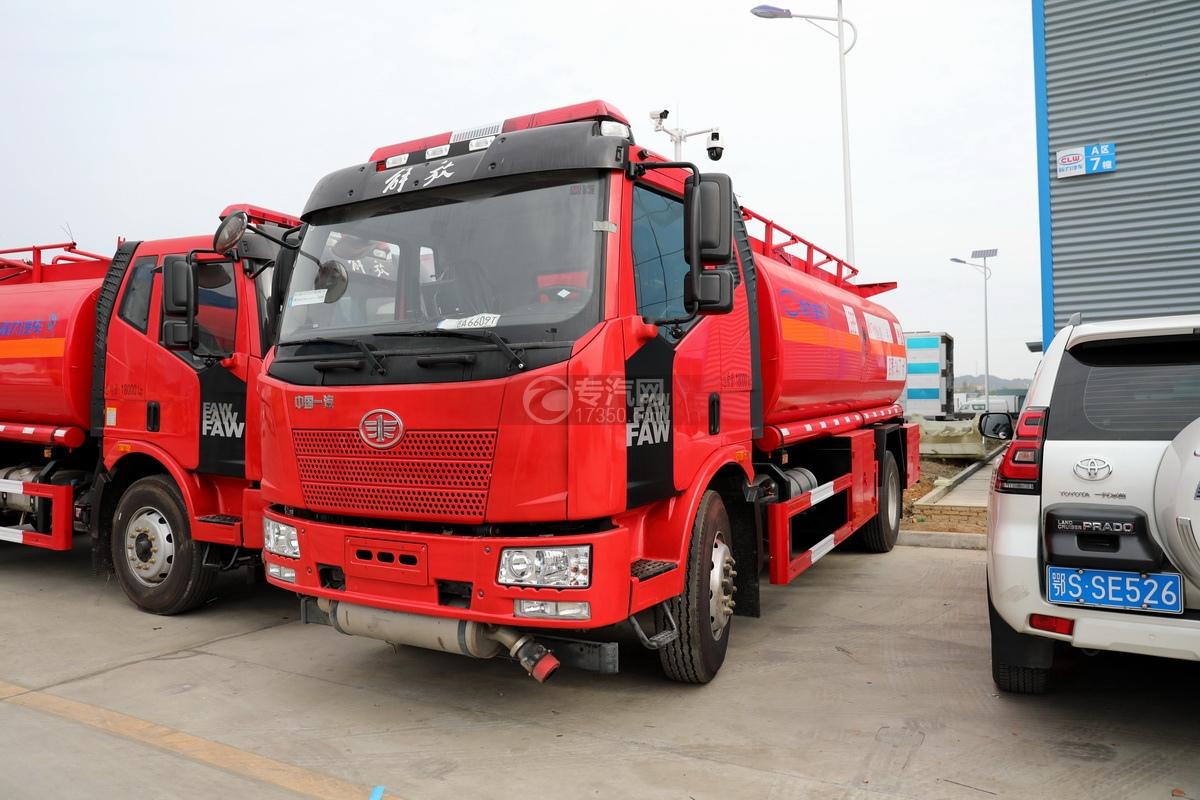 解放J6L单桥国五14.7方加油车(红色)图片